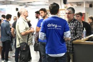 Drivy organise régulièrement des soirées pour échanger avec les propriétaires de véhicules. © Drivy