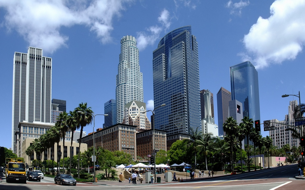 Downtown Los Angeles,  Pershing Square. © Flickr CC Slices of Light