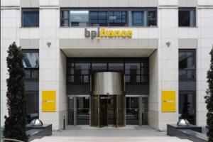 banque d'investissement maison alfort