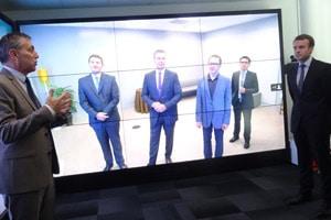 Cisco-mur-téléprésence-Emmanuel-Macron-article