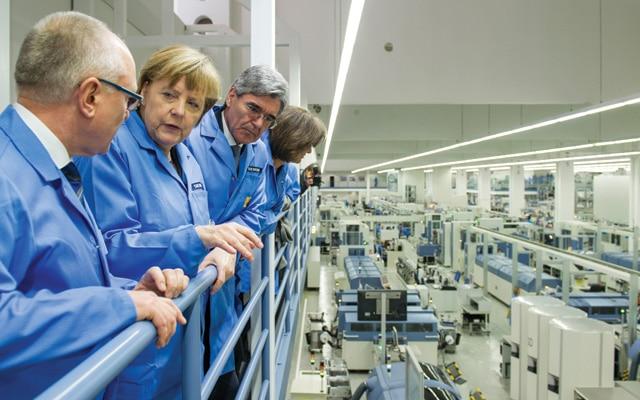 Angela-Merkel-industrie-article