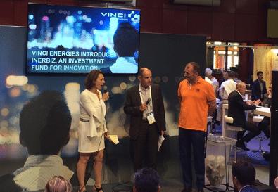 Lors de l'annonce, sur Vivatech 2016, de la création d'Inerbiz (en blanc, Lydia Babaci-Victor)