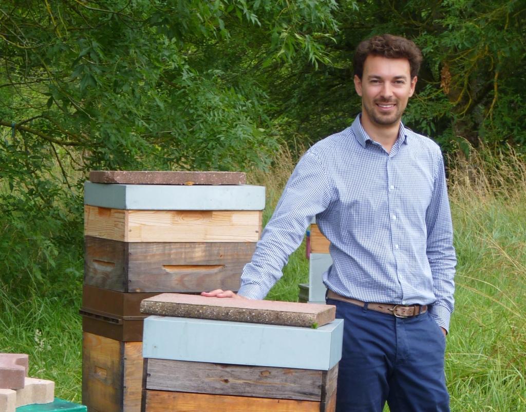 Bertrand Laurentin entend déterminer les causes de mortalité des abeilles. ©DR