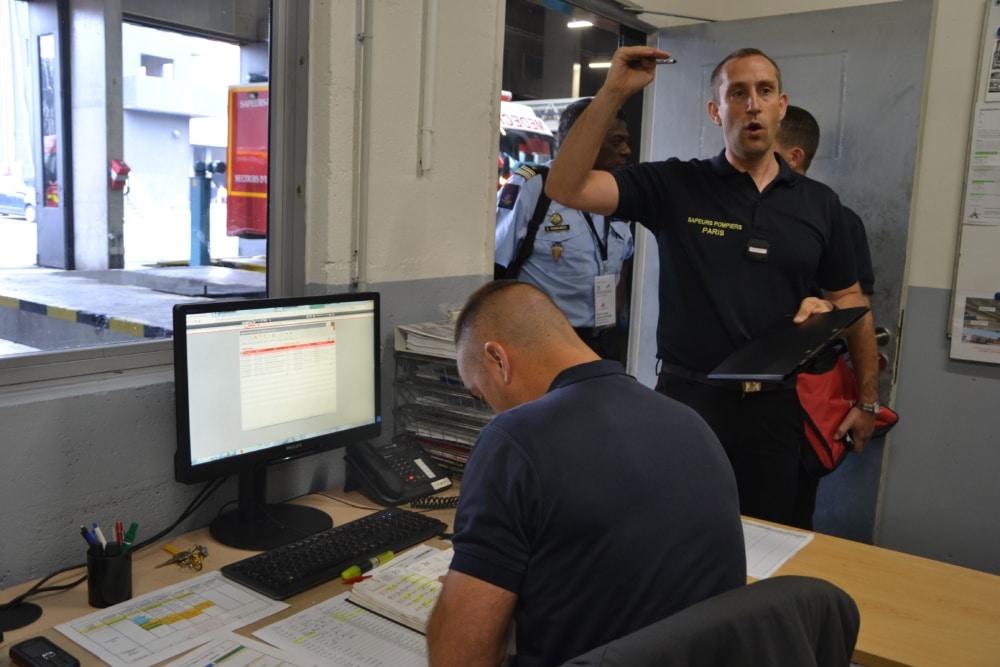 La caserne de Nanterre regroupe à la fois le centre de secours et un atelier de maintenance de premier niveau.