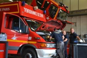 La GMAO permet au centre technique de Voluceau d'avoir accès à des fiches de maintenance et d'avoir une vision de l'état du parc automobile.