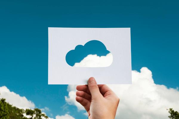 Selon les termes de l'accord, les actionnaires de Cloudera détiendront environ 60 % du capital de la nouvelle société, contre environ 40 % pour les actionnaires d'Hortonworks.