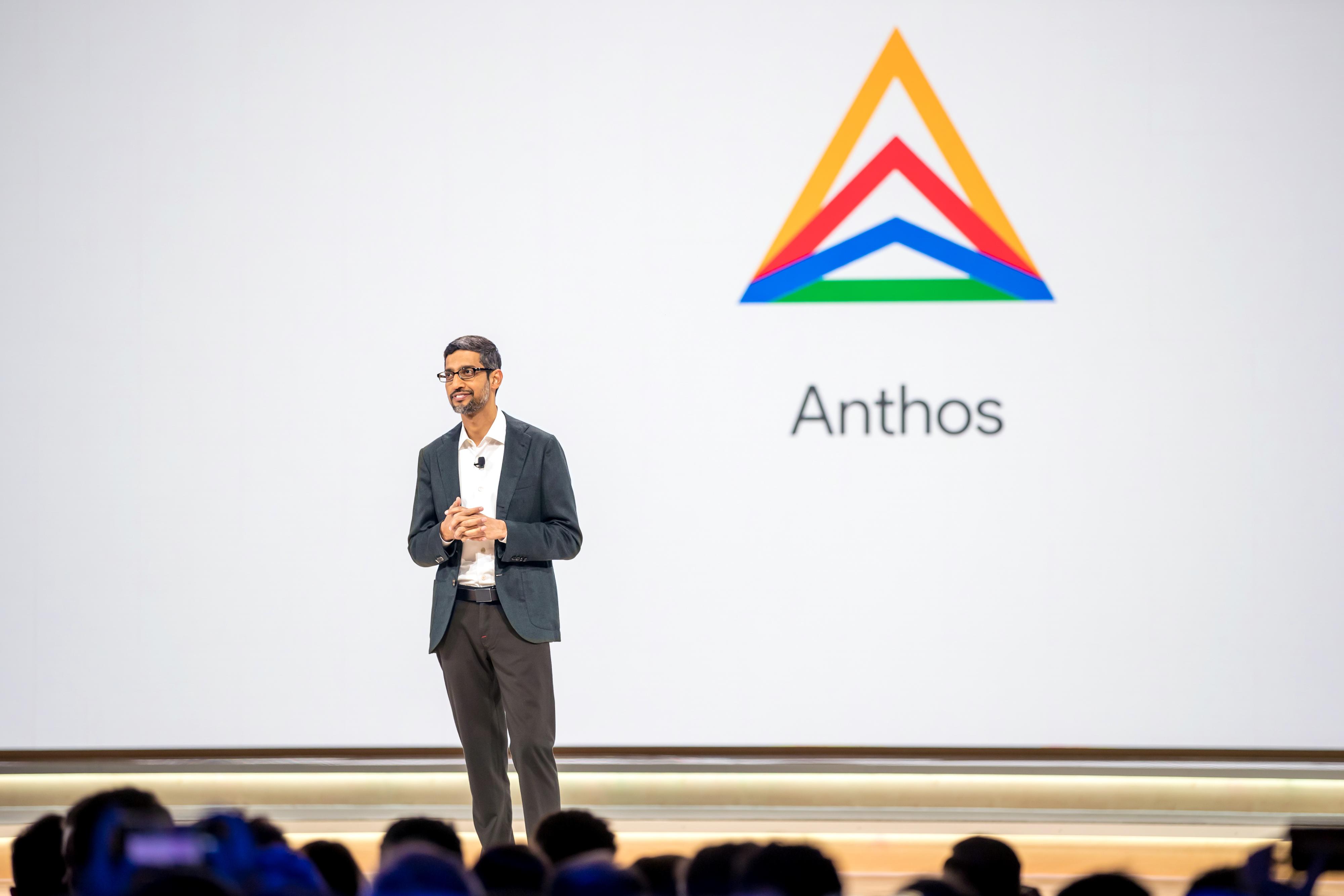 Sundar Pichai annonce le lancement d'Anthos / © Google Cloud