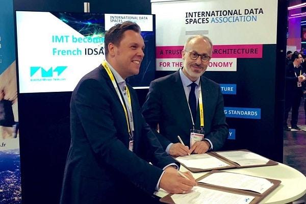 Philippe Jamet, DG de l'IMT et Lars Nagel : CEO de IDSA à VivaTechnology 2019, lors de la signature de l'accord franco-allemand.