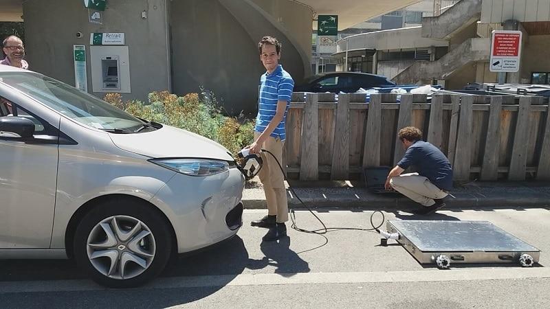 Mob-Energy permet aux gestionnaires de parkings de proposer un service de recharge pour les véhicules électriques