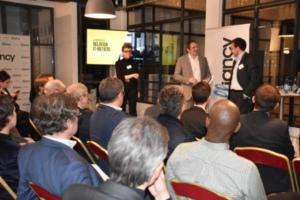 De gauche à droite : Catherine Moal, rédactrice en chef d'Alliancy, Sylvain Fievet, directeur de publication d'Alliancy et Bruno Buffenoir, Area vice president - France de Service Now.