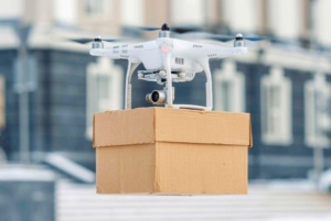 La livraison par drones commerciaux couvre le marché BtoB/ La livraison par drones privés le marché BtoC