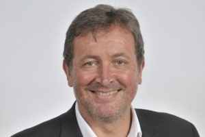 Gilles Mezari ( Saaswedo,)