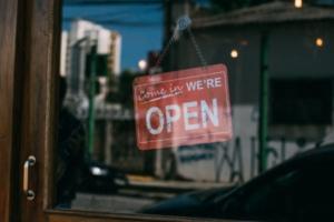 Commerces : 8 solutions pour gérer le déconfinement.