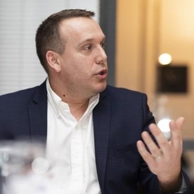 Damien Bioteau – IT Head of Global SolutionsOperation, EuropeRegionandBrakeBU - Hitachi AutomotiveSystems