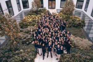 Sendinblue compte désormais 400 salariés répartis entre New Dehli, Seattle, Paris, Berlin et Toronto.