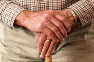 Haut de Seine et Yvelines lancent un hub d'innovation pour rompre l'isolement des seniors