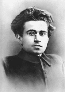 """""""Le vieux monde se meurt, le nouveau monde tarde à apparaître et dans ce clair-obscur surgissent les monstres."""" Antonio Gramsci, Cahiers de prison."""