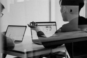 Amazon-injecte-de-l'humain-dans-le-contrôle-du-Machine-Learning