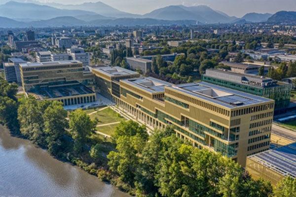 IntenCity,-bâtiment-du-futur-de-Schneider-Electric