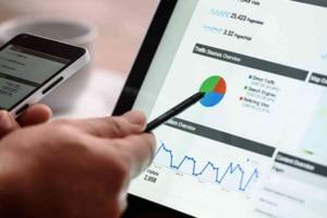 Le-digital-croît-dans-des-budgets-marketing-en-chute-libre