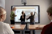 Depuis cet été, l'enseignement de l'informatique et des sciences du numérique est inscrit dans la loi. En juin, le ministère de l'Éducation nationale lançait un premier appel à projets pour développer les usages, services et contenus numériques innovants dans le champ éducatif.