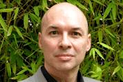 En France, Patrick Pailloux, Directeur Général de l'ANSSI, s'est exprimé lors des dernières Assises de la Sécurité (lire notre dossier : « Cybersécurité, où sont vos données critiques ? ») sur le besoin urgent pour les entreprises et les organismes gouvernementaux de s'assurer un haut niveau de sécurité inhérent aux systèmes industriels critiques. Le gouvernement vient appuyer le positionnement de l'ANSSI face à cette vulnérabilité des systèmes de contrôle-commande industriels via un projet de loi prévoyant que l'Etat puisse règlementer la protection des systèmes d'information critiques des Opérateurs d'importance vitale (OIV), c'est-à-dire les hôpitaux, les banques ou encore les acteurs dans le secteur de l'énergie (nucléaire, eau, électricité, etc.), des télécoms et des transports.