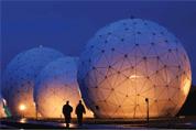Les révélations d'Edward Snowden, en juin, sur le programme de surveillance Prism ont divulgué au public les techniques d'écoute à grande échelle de la NSA, l'agence nationale de renseignement américaine. Une réalité dont les entreprises doivent tenir compte dans le choix d'une solution cloud.
