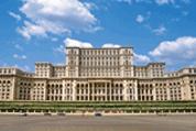 Cette année, ça va vite et même très vite dans le secteur roumain des télécommunications.