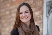 Alexandra Frith, Engagement des clients chez Retail Pro International-300