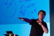 Colin Wright, docteur en mathématique et partenaire du projet Comeback Calculator ©Deezer