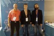 L'équipe Pollen Metrology et ses trois co-fondateurs lors de la conférence Nanotech France 2016 (Johann Foucher, PDG, ici à gauche, avec Aurélien Labrosse et Alexandre Dervillé)