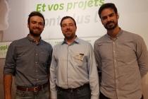 Les cofondateurs de Steedy ont travaillé en co-constrution avec l'équipe d'Olivier Studter, directeur du magasin (au centre) pour élaborer une solution personnalisée. ©C.G.-M.