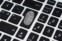 Dashlane remplit et stocke automatiquement vos mots de passe, données personnelles et détails de paiement afin de vous aider à gérer, superviser et protéger votre identité numérique.