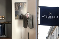 Atelier.NA est la 1ère marque de chemise et costume sur-mesure accessible à tous, grâce à une technologie unique de prise de mesure 3D.