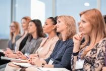 Reconversion des femmes dans le numérique : Syntec Numérique accélère