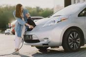 Park'n Plug: le spécialiste des bornes de recharge pour parking