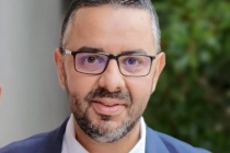 Mustapha Nhari travaille chez ASUS depuis 18 ans et occupait précédemment le poste de directeur commercial avant de devenir Directeur Général d'ASUS France en juillet 2018.